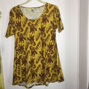 Lularoe perfect Tee giraffe print top size XS